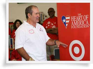 Bill Halamandaris Leading a Heart of America Foundation Event